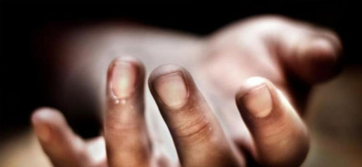 Hyderabad: 14-year-old girl dies after accidental fall from terrace