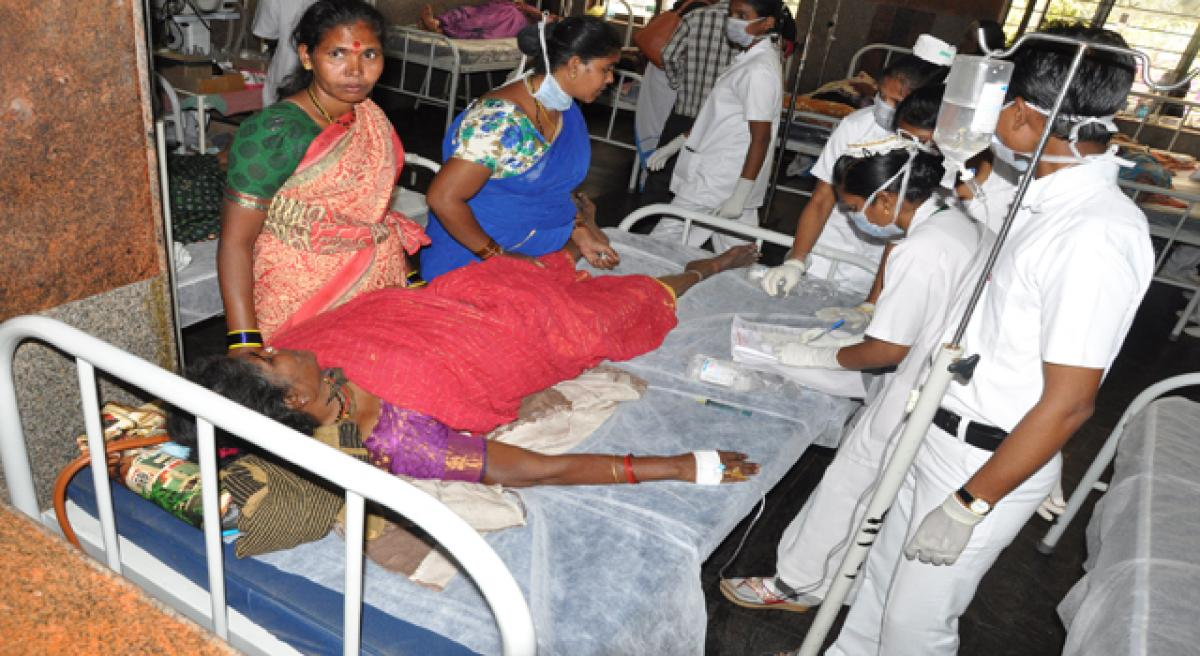 AP Govt urged to pay 10 L to kin of victims