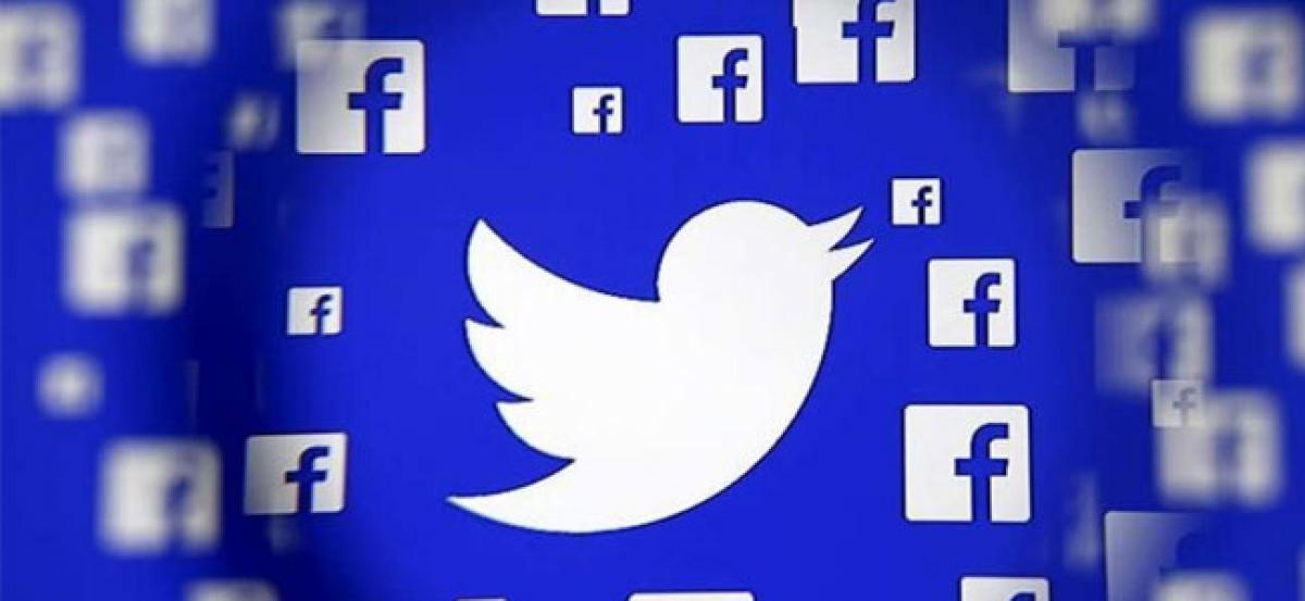 US lawmakers urge Google, Facebook to resist Vietnam cybersecurity law