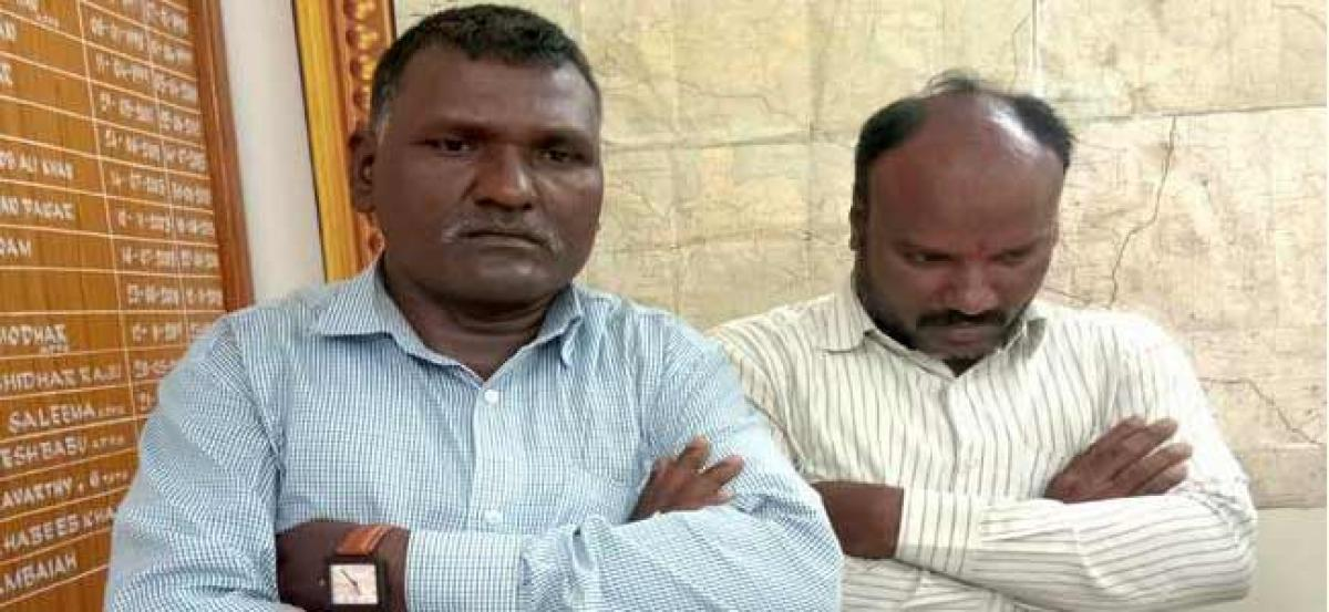 Two fake Maoists arrested for demanding extortion in Kaghaznagar