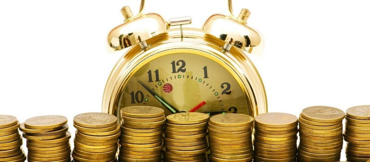 Why Fixed Deposit is the safest Investment option for Women?