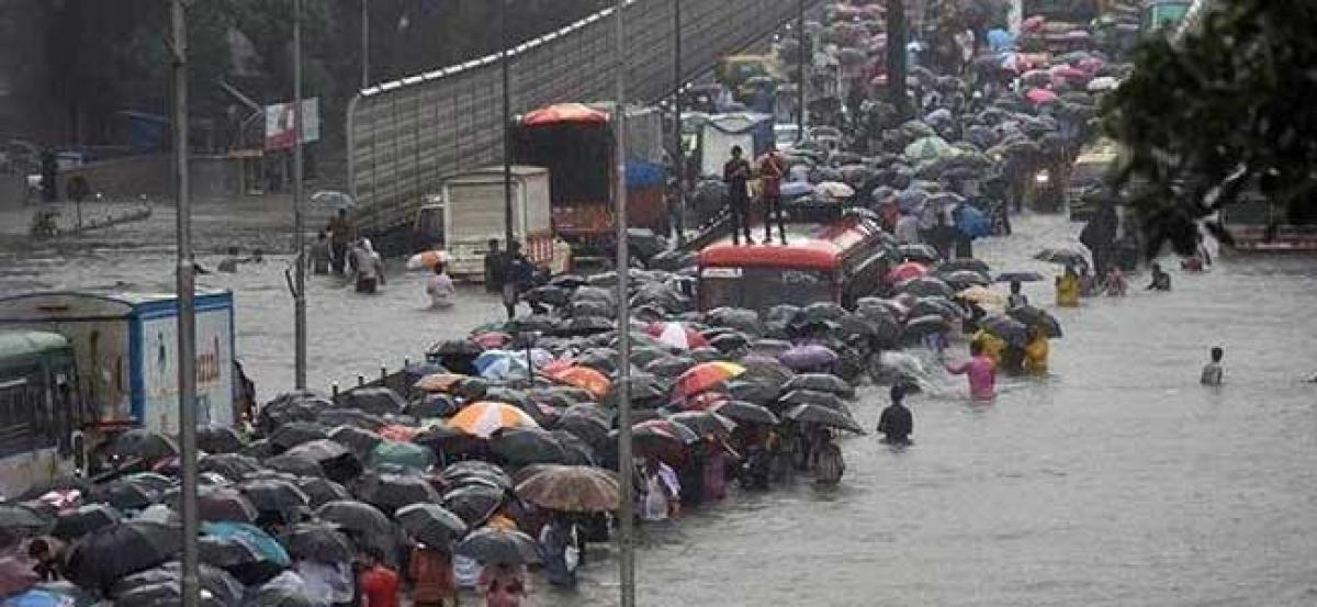 3,200 dams in Maharashtra, flood risk likely