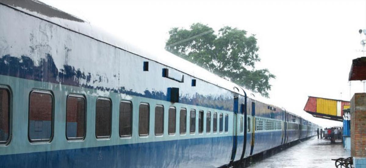 Poor man's train fare may get expensive with Garib Rath bedroll kits likely to cost more