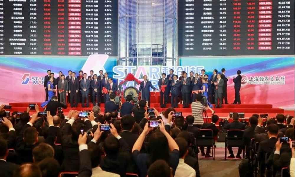 Shares blast off as Chinas Nasdaq debuts