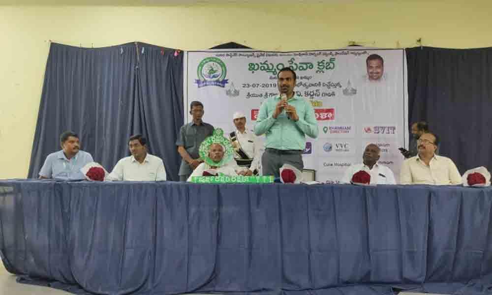 Collector  RV Karnan launches Khammam Seva Club services