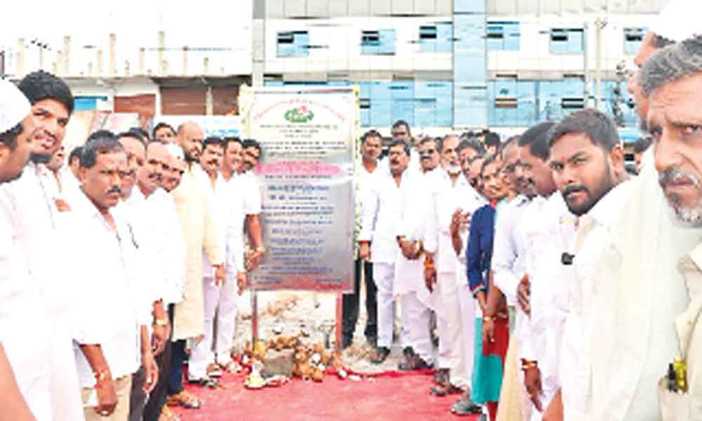 MLA lays stone for meat market complex