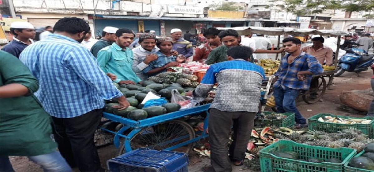 Ramzan signifies fasting with Haleem, fruits