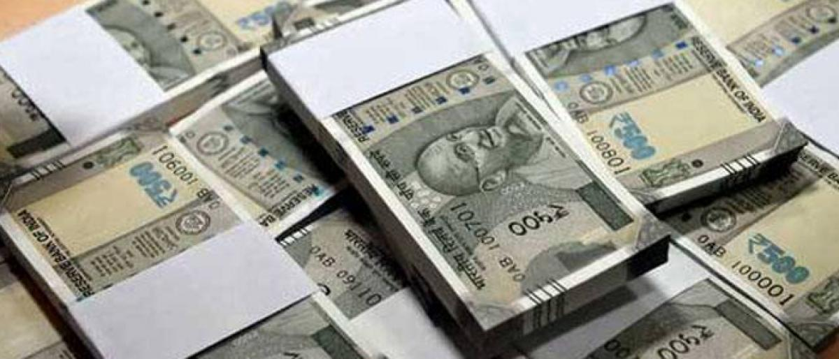 Task force sleuths caught Rs 97 lakh hawala money in Mahankali PS limits
