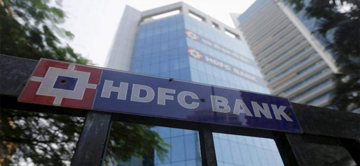 HDFC Bank m-cap crosses Rs 5 lakh crore mark