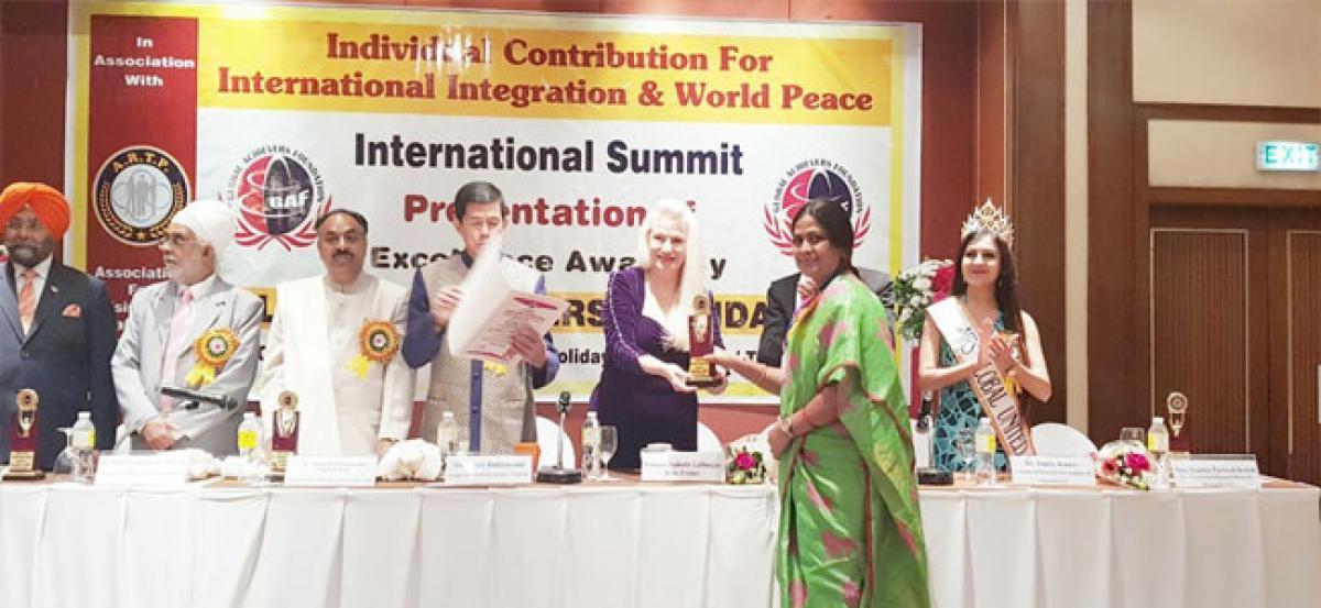 Dr K Krishnaveni honoured with 'Diamond of Asia' International Award
