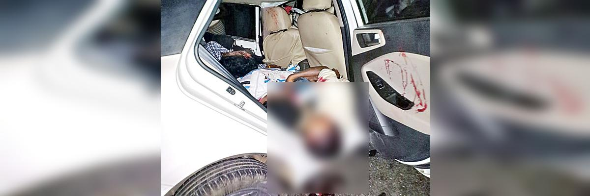 4 Janasena workers killed road accident while returning from Kawathu in Kurnool