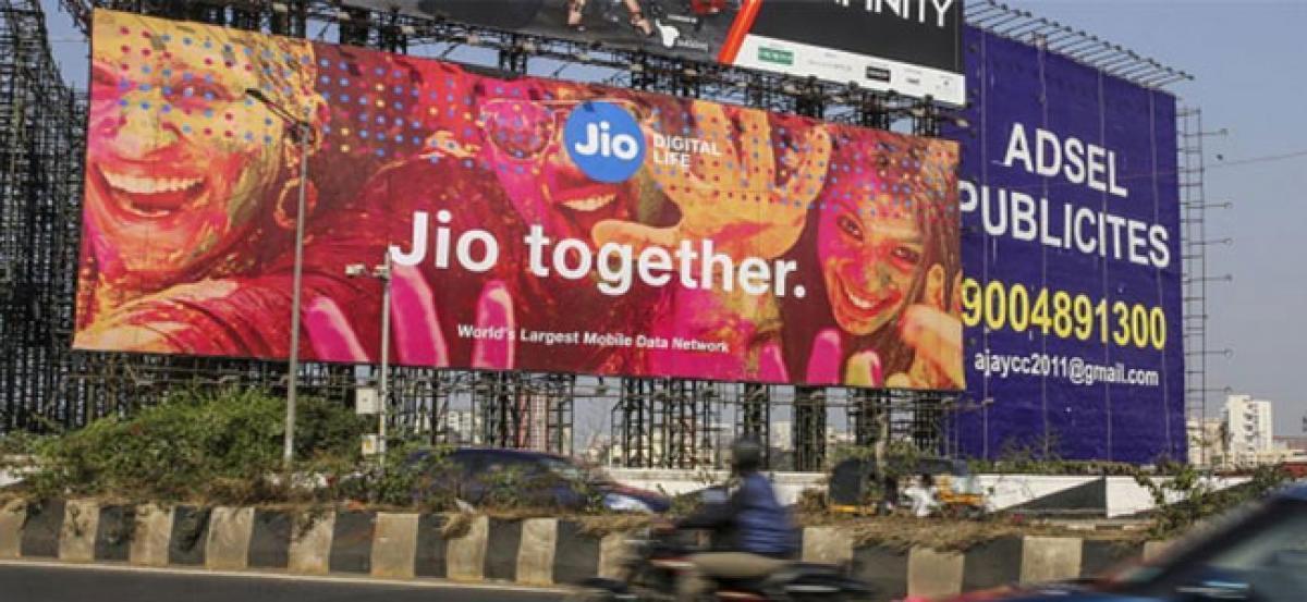 Airtel, Idea shares fall as Jio unveils new Rs 199 postpaid plan