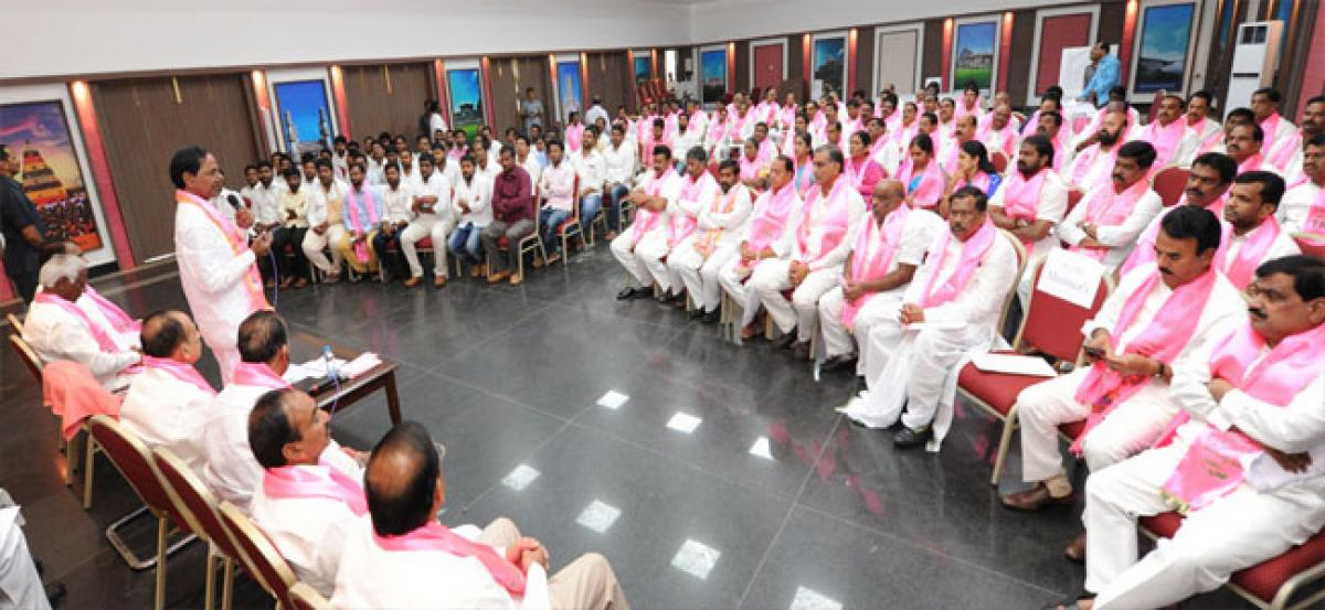 Presidential polls: TRS leaders cast their votes