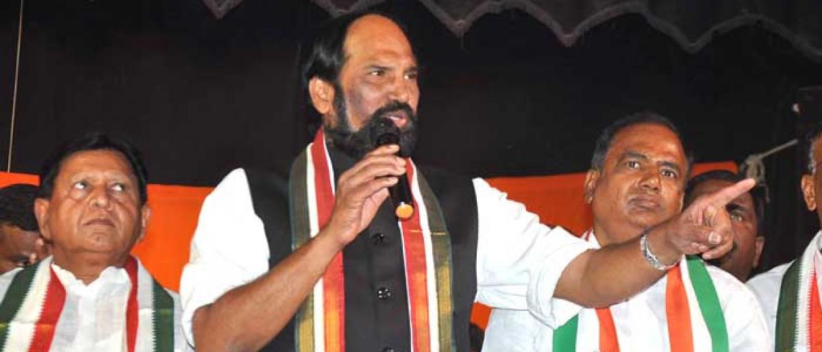 Uttam promises to re-open Nizam Sugar factory if Congress comes to power
