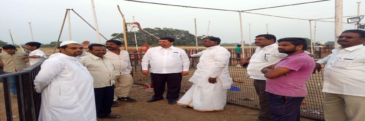 Koppula Harishwar Reddy inspects KCR meet venue