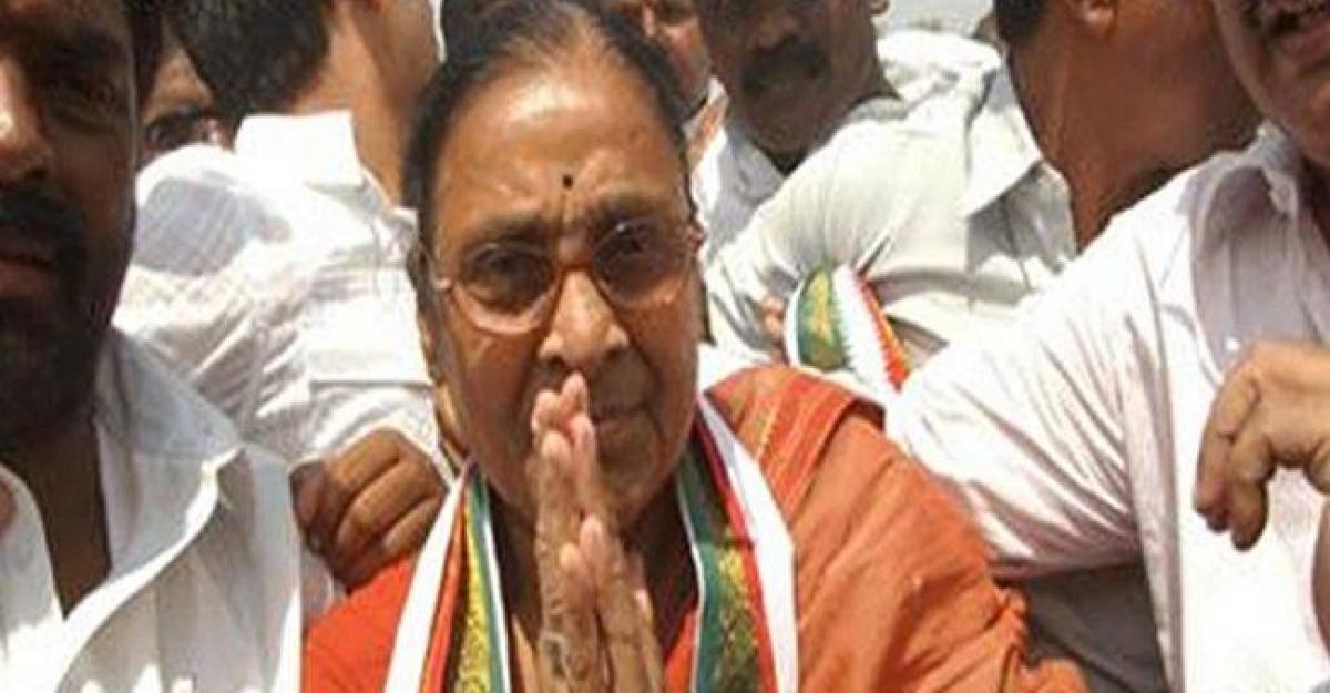 Former CM T Anjaiahs wife Manemma passes away