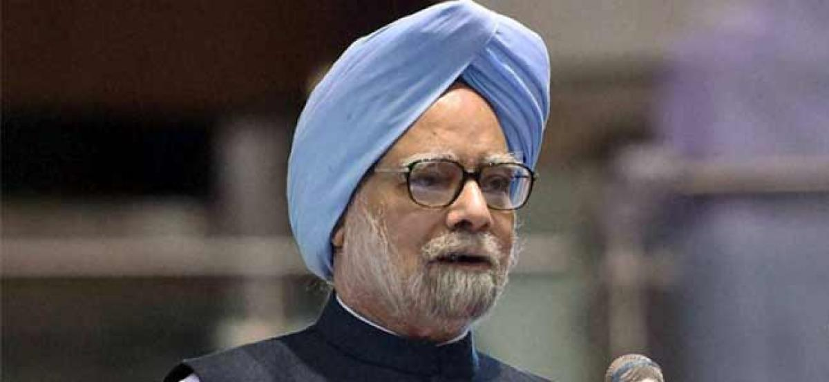 Scars only getting more visible with time: Manmohan Singh on notes ban