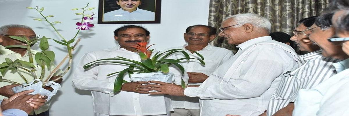 Congratulations galore for Arekapudi Gandhi