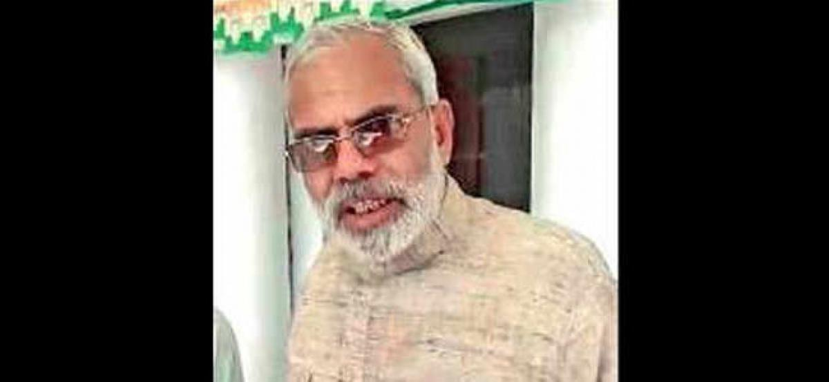 Modi-lookalike disappointed with BJP, set to join Congress