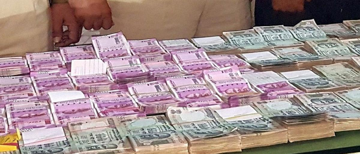 Ghatkesar police seized Rs 28.5 lakh during vehicle checkings