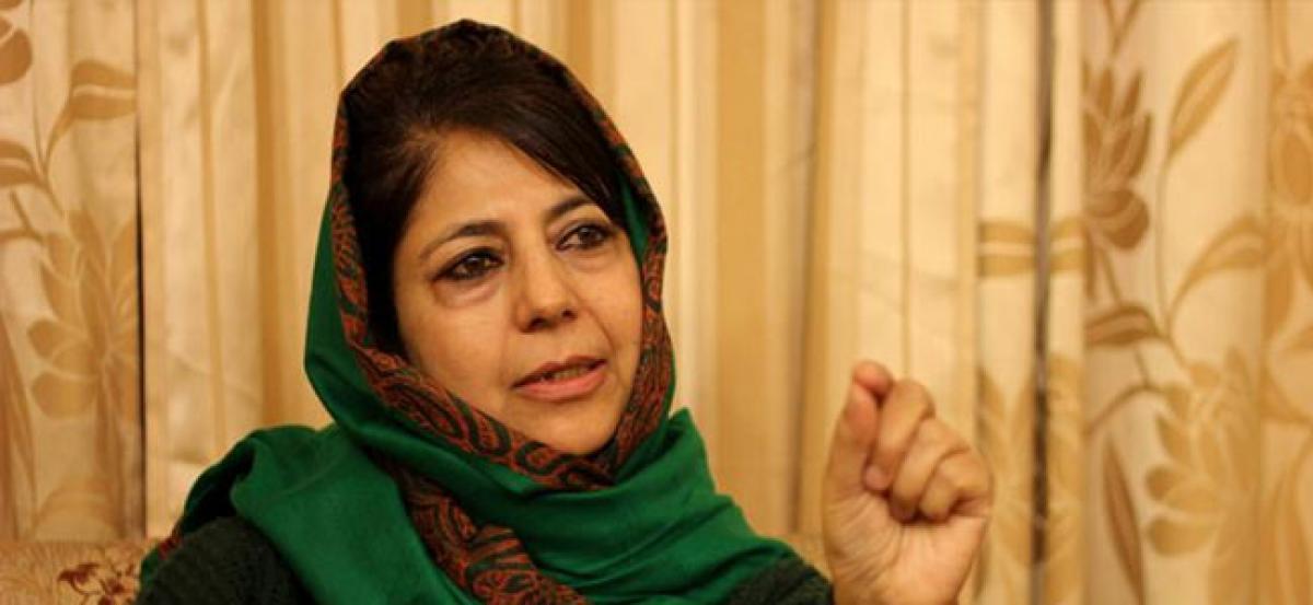 Mehbooba Mufti bats for Sushma Swaraj on Twitter over trolls