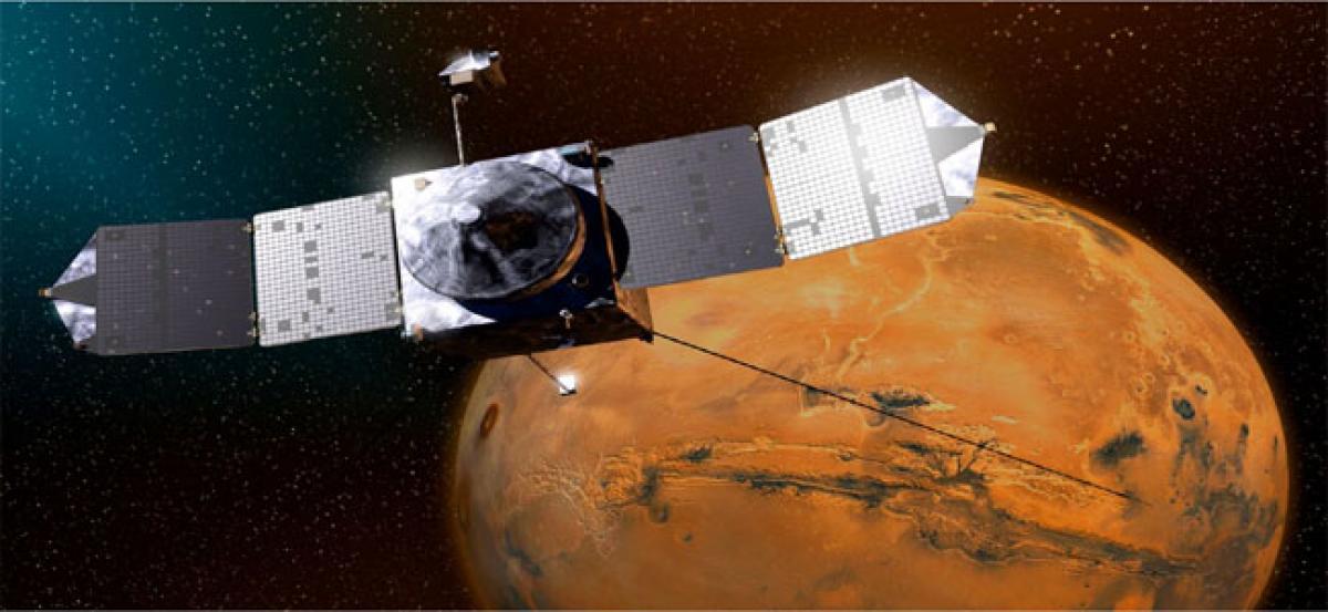 NASA's MAVEN marks 4 years in Mars orbit with selfie