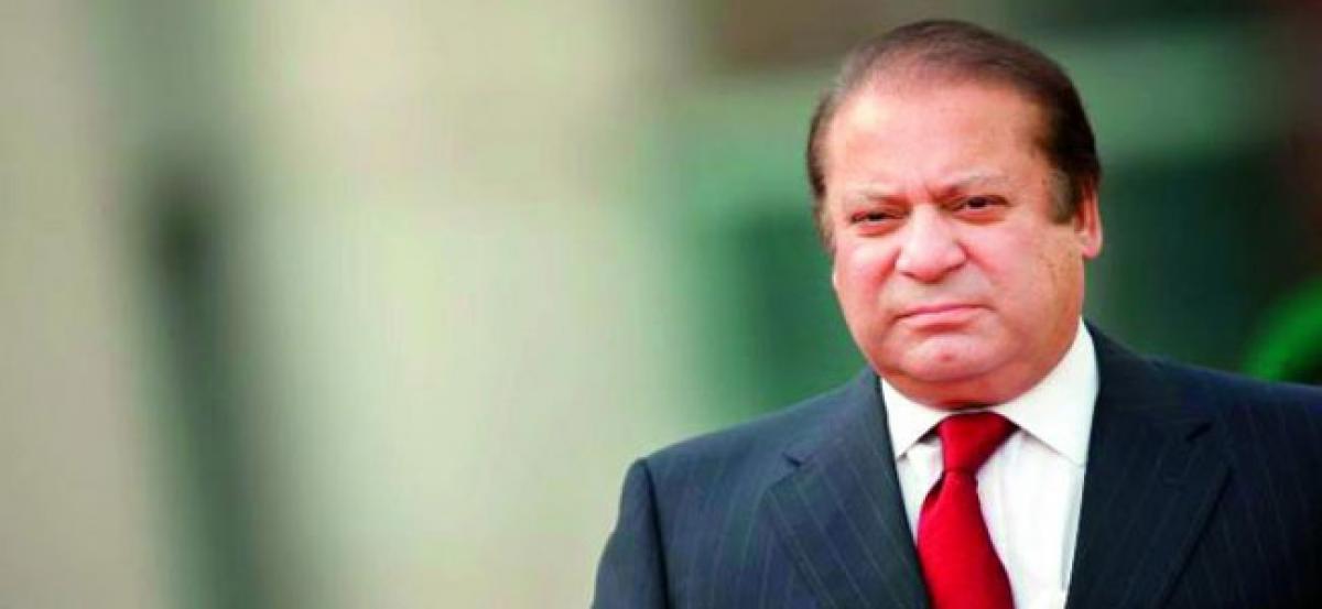Pak court dismisses Nawaz Sharifs petition to delay verdict in corruption case