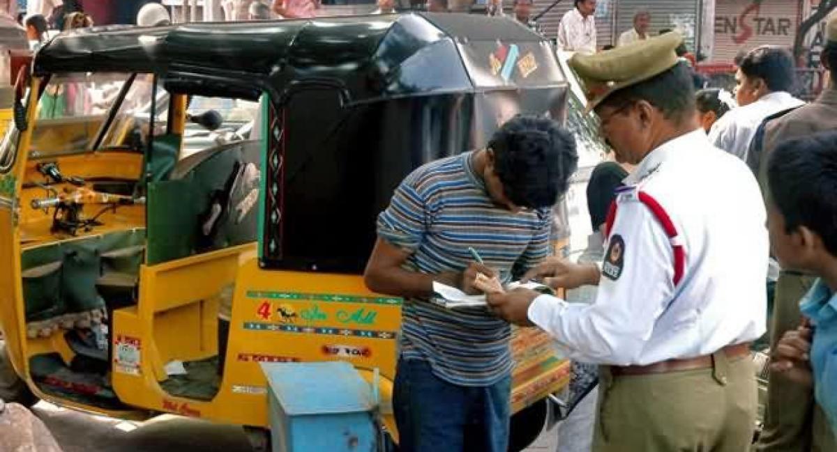 Fitness penalty charge on auto rickshaws reduced in Vijayawada