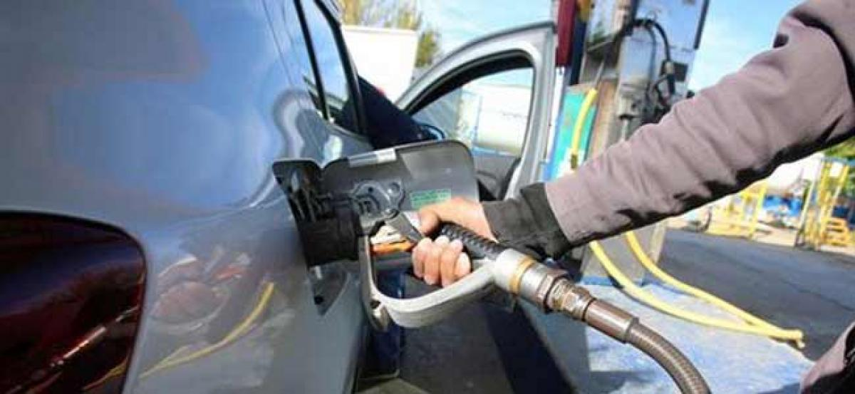 Petrol price cut by 22 paise; total reduction reaches Rs 4.06 in 19 days