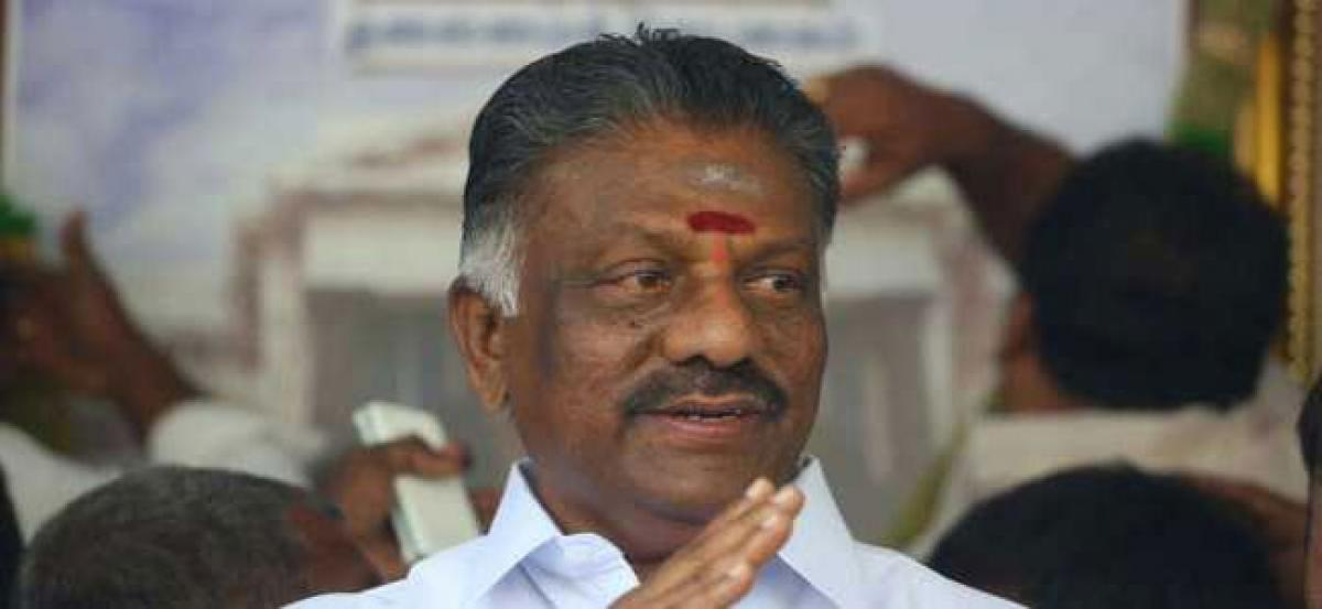 Explain why charges against Panneerselvam not probed: Madras HC to DVAC