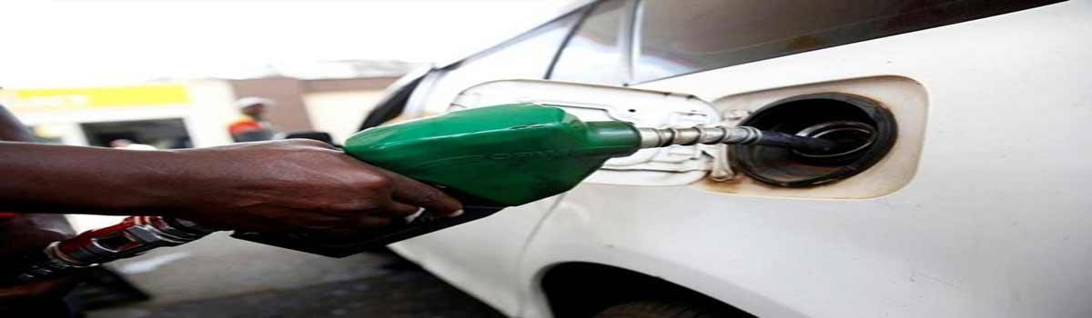 Fuel Price Cut: Fuel price continue to fall, petrol at Rs 81.10 per litre in Mumbai