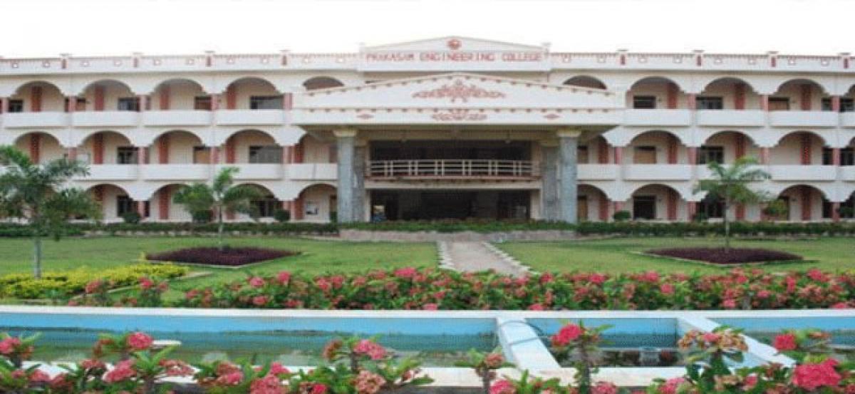 Prakasam students get placed on campu