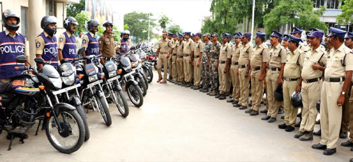 Cops should reach trouble spots quickly