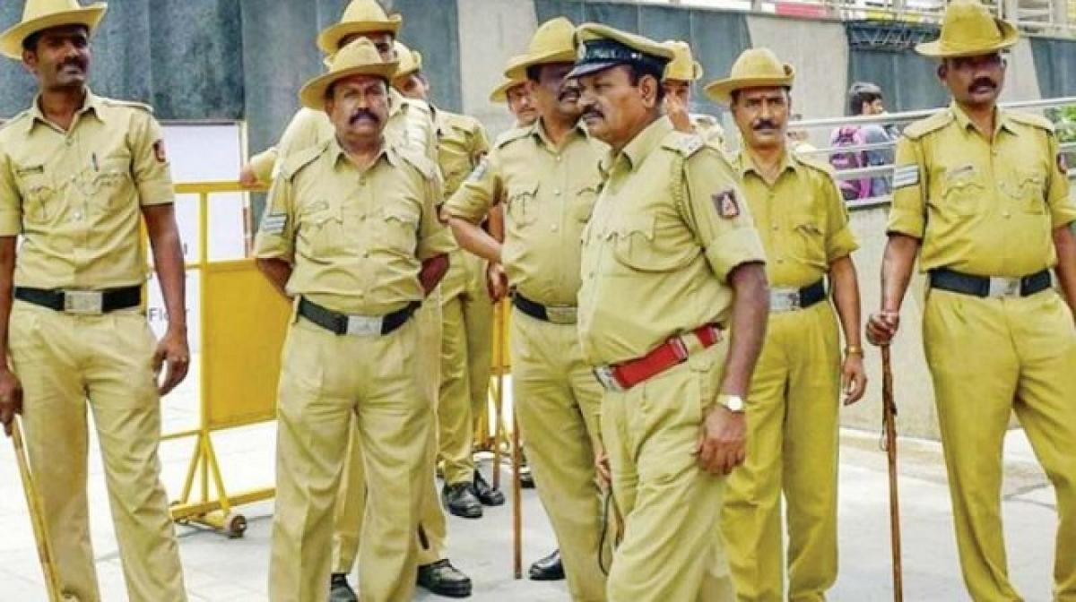 CM Camp office constable committed suicide