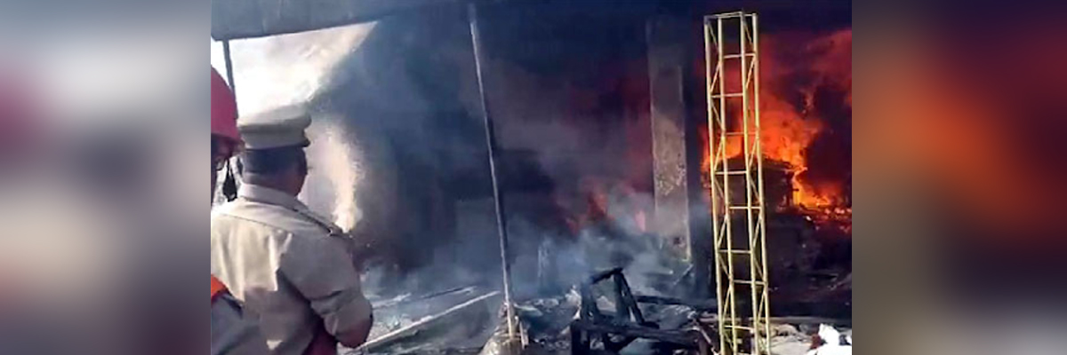 Fire breaks out in Basheerbagh apartment