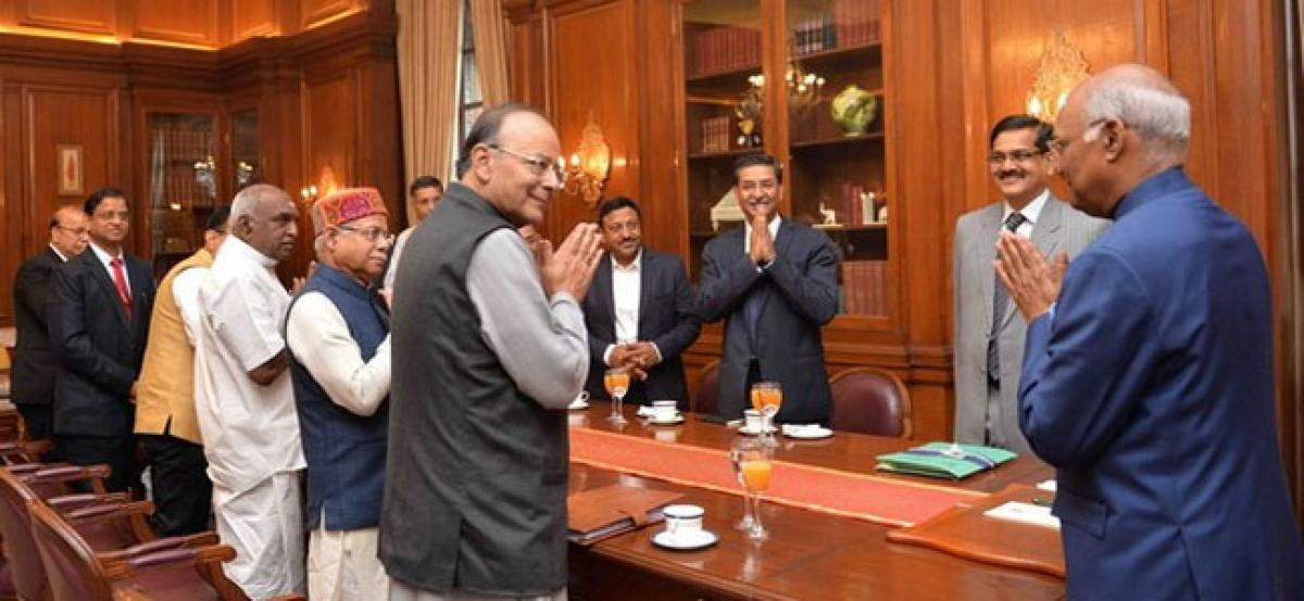Jaitley calls on President ahead of Union Budget 2018