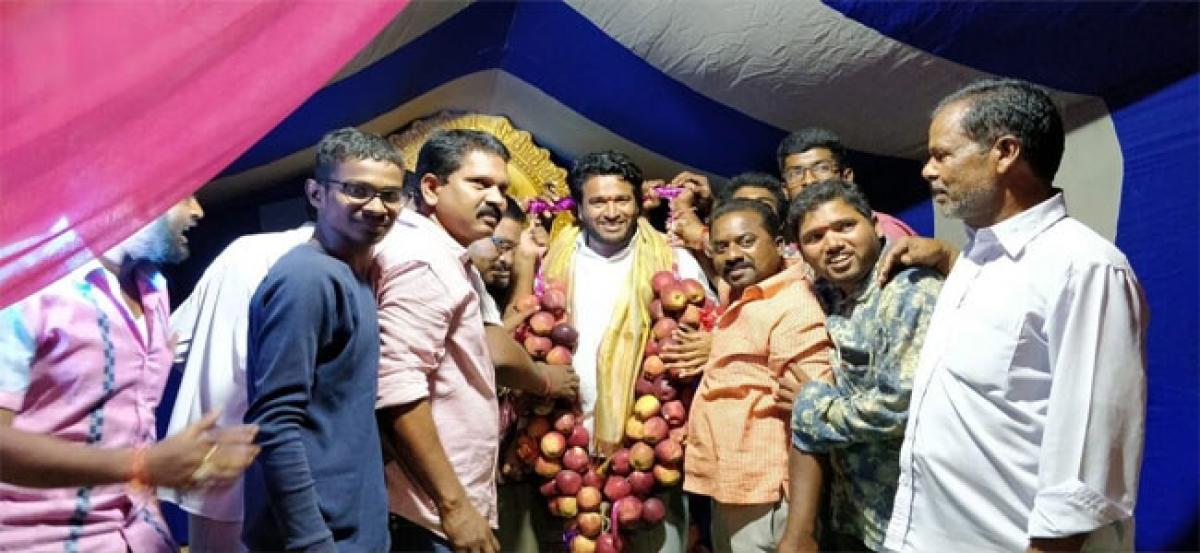 TRS leader Gottimukkala Venkateshwara Rao performs special puja