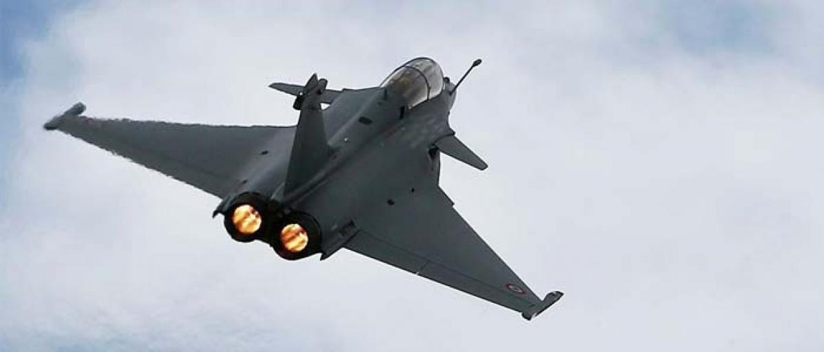 France fears Hollandes claims on Rafale deal can damage ties with India