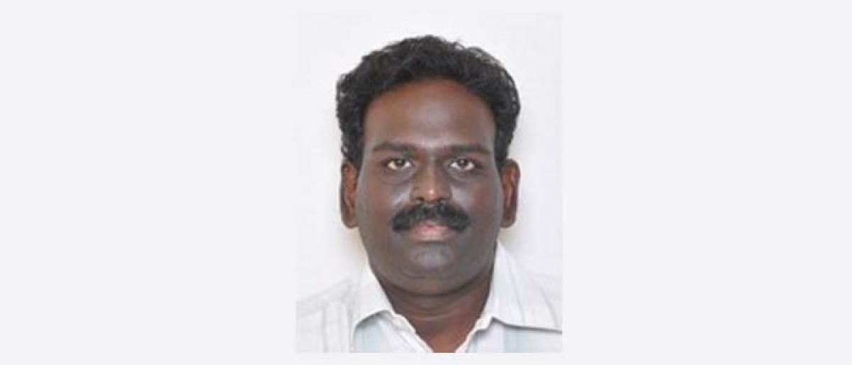 Annamalai University professor bags Best Presentation Award from ICRISAT