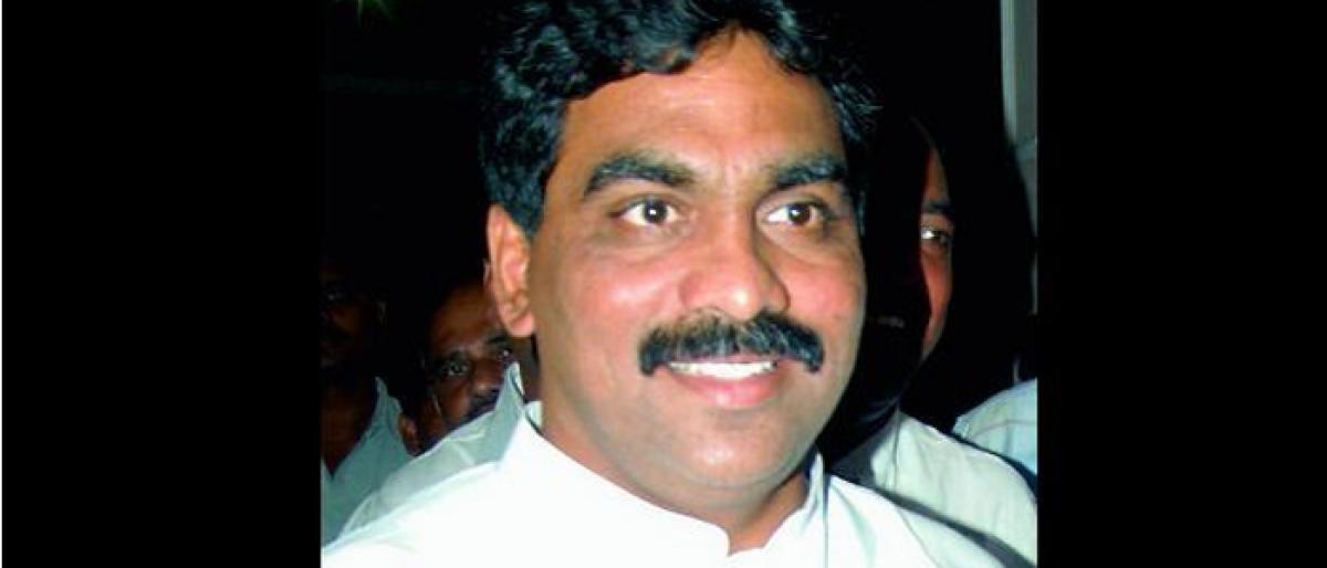 Ex-Andhra MP L. Rajagopal  tries to stop raids at friend