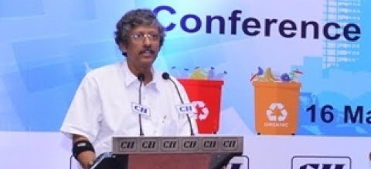 Prof Sadhan visits Tenali on waste management