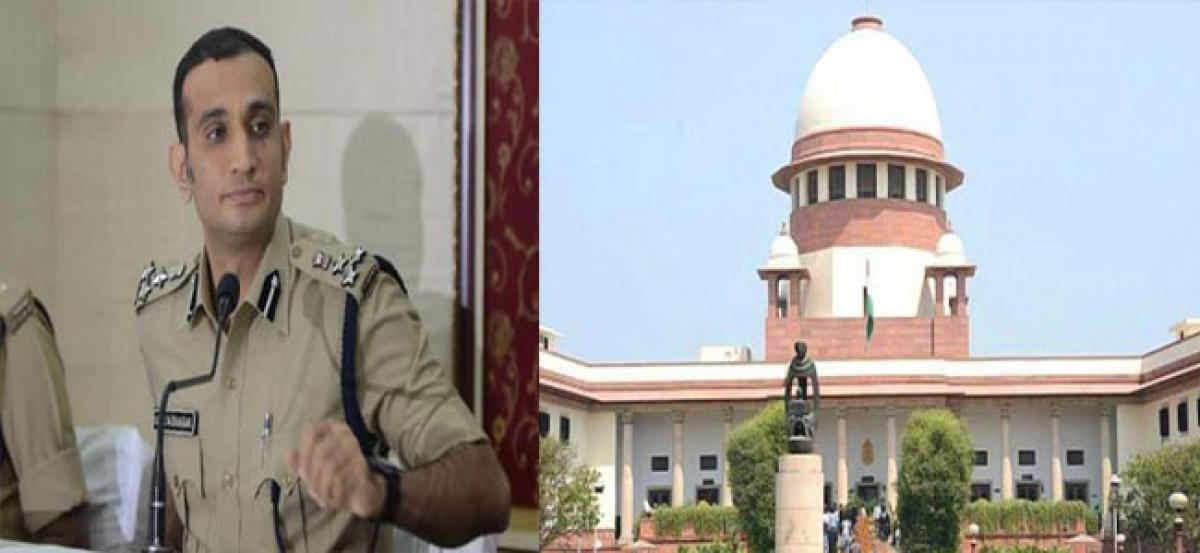 Akun irked by actress' plea, says probe as per SC guidelines