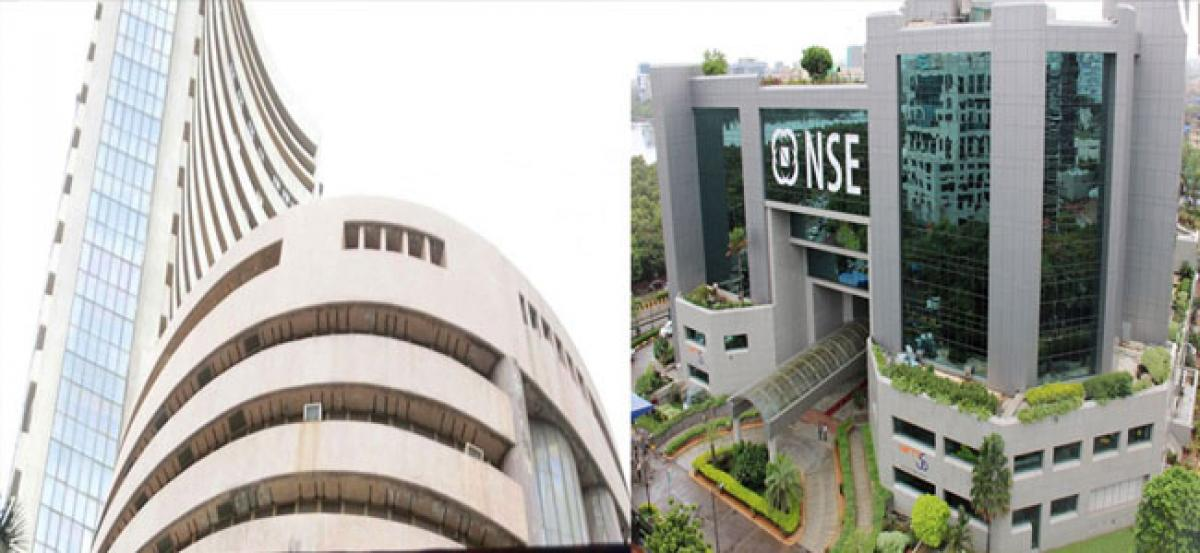 Nifty50 scales new intra-day high, Sensex in green