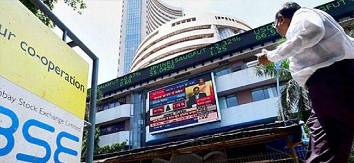Sensex extends losses on foreign fund outflows, rising oil prices