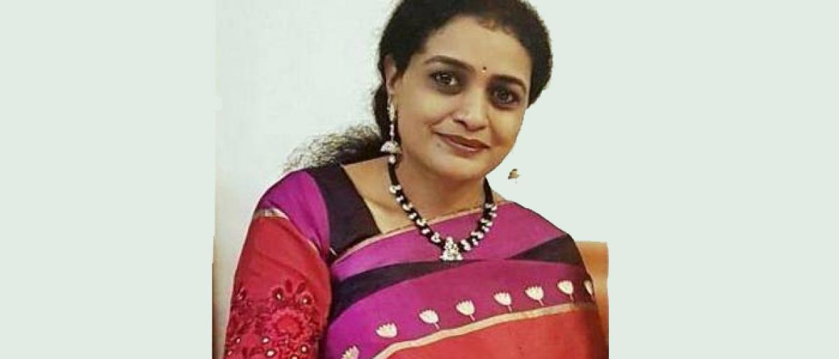 Harikrishna daughter Suhasini to file nomination tomorrow