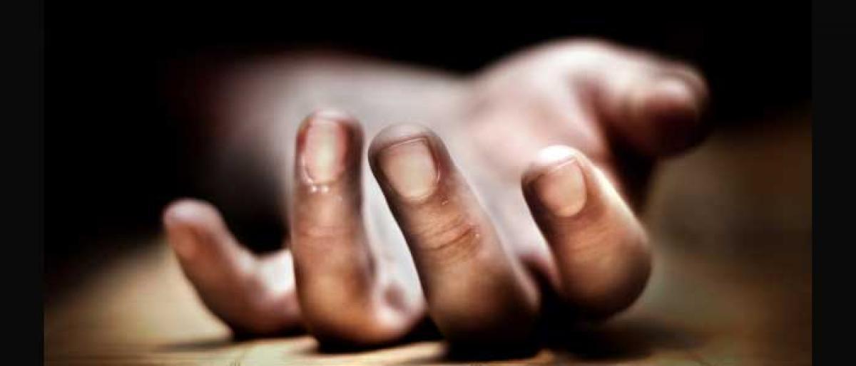Lightning kills boy, injures couple in Nalgonda
