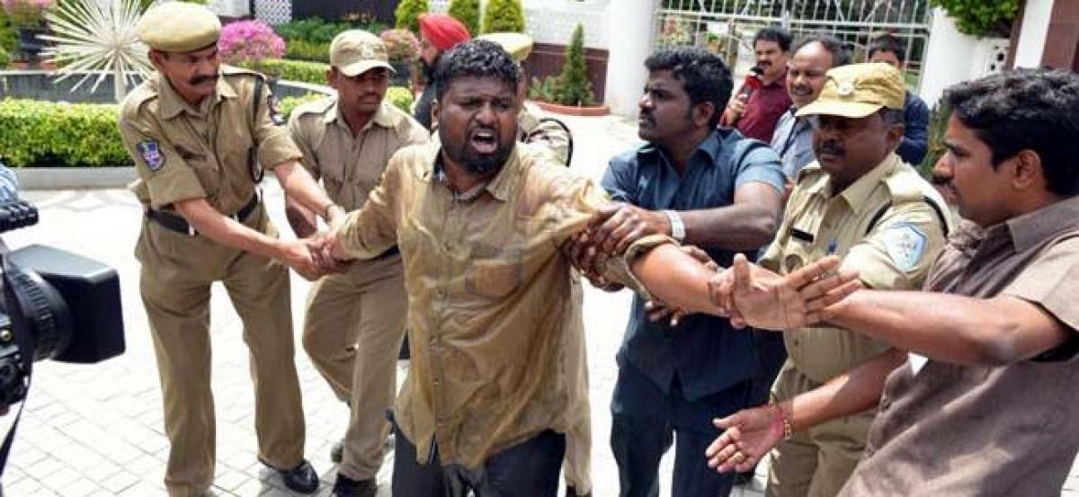 Hyderabad: OU student activist attempts suicide against assembly dissolution