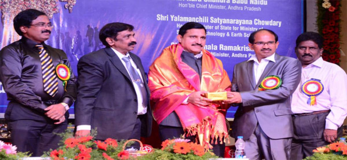 Centre will provide solutions to GST problems: Sujana