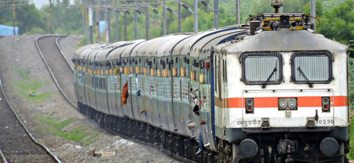 Railway police rescue eight kids from Telangana Express