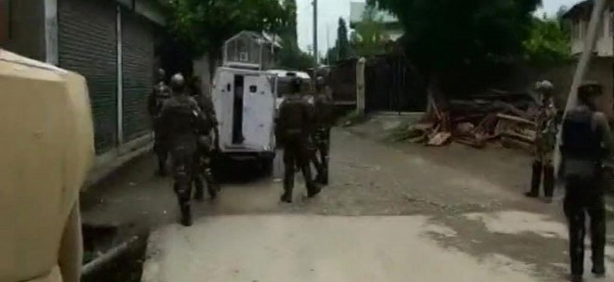 Suspected bike-borne terrorist fire upon security forces in J-Ks Pulwama